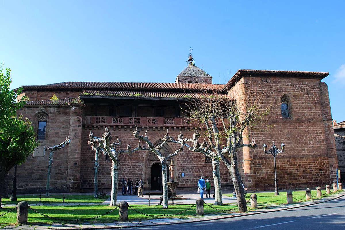 Iglesia-Parroquial-de-Santa-María-la-Mayor-Ezcaray-La-Rioja