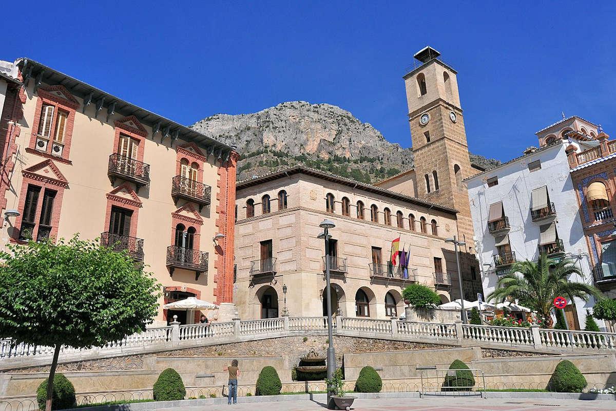 Plaza_Corredera-Cazorla-Jaén
