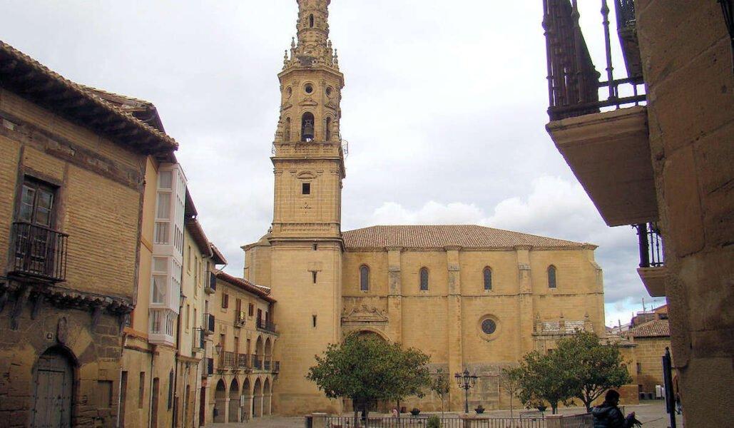 Plaza de España en Briones