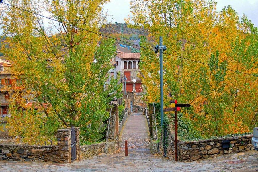 Puente sobre el Rio Noguera Ribagorzana