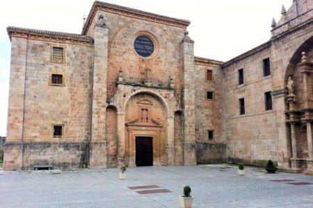 SAN MILLÁN DE LA COGOLLA-Pueblo de La Rioja