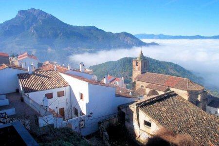 SEGURA DE LA SIERRA-Pueblo de Jaén