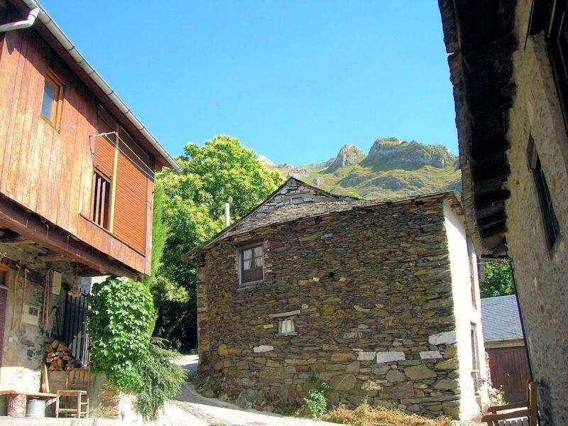 Calles de Peñalba de Santiago