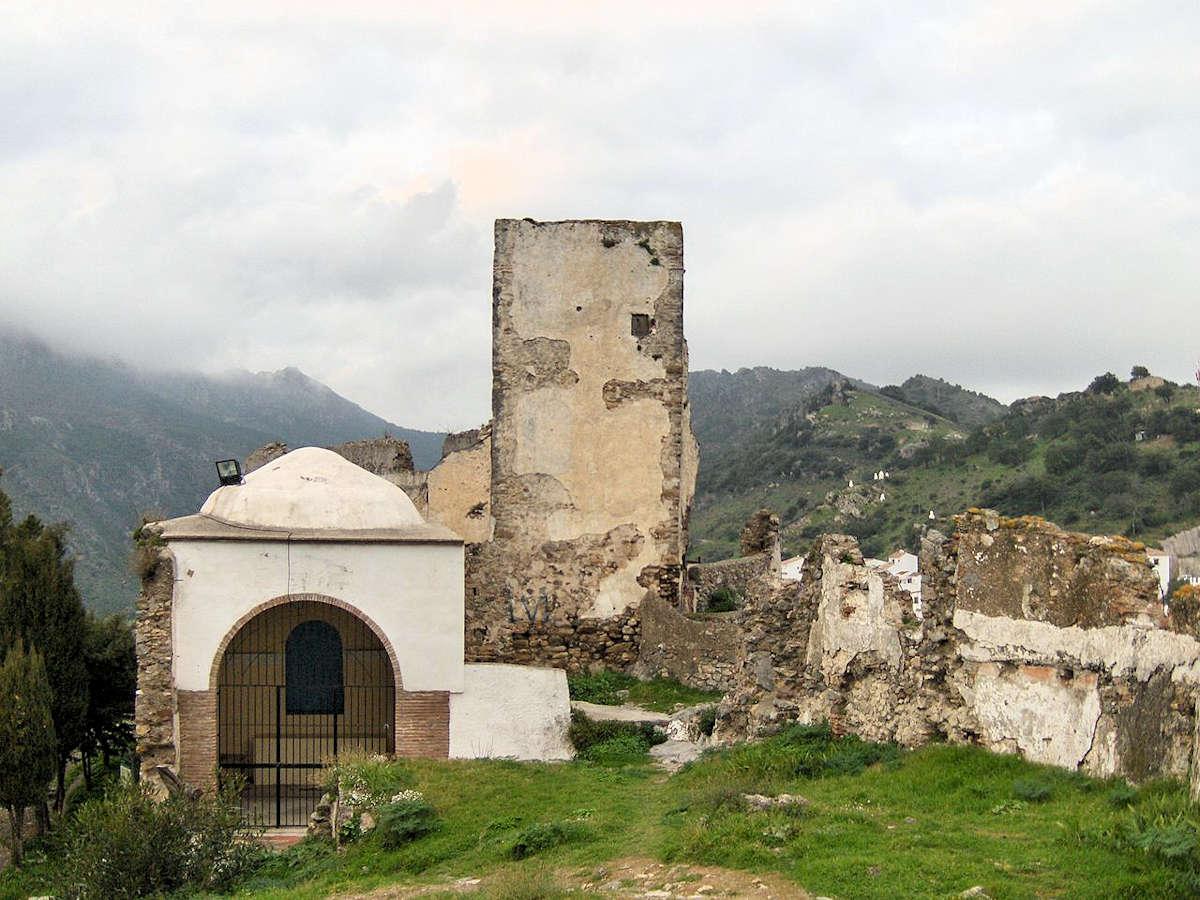 ruinas-del-castillo-en-casares-málaga