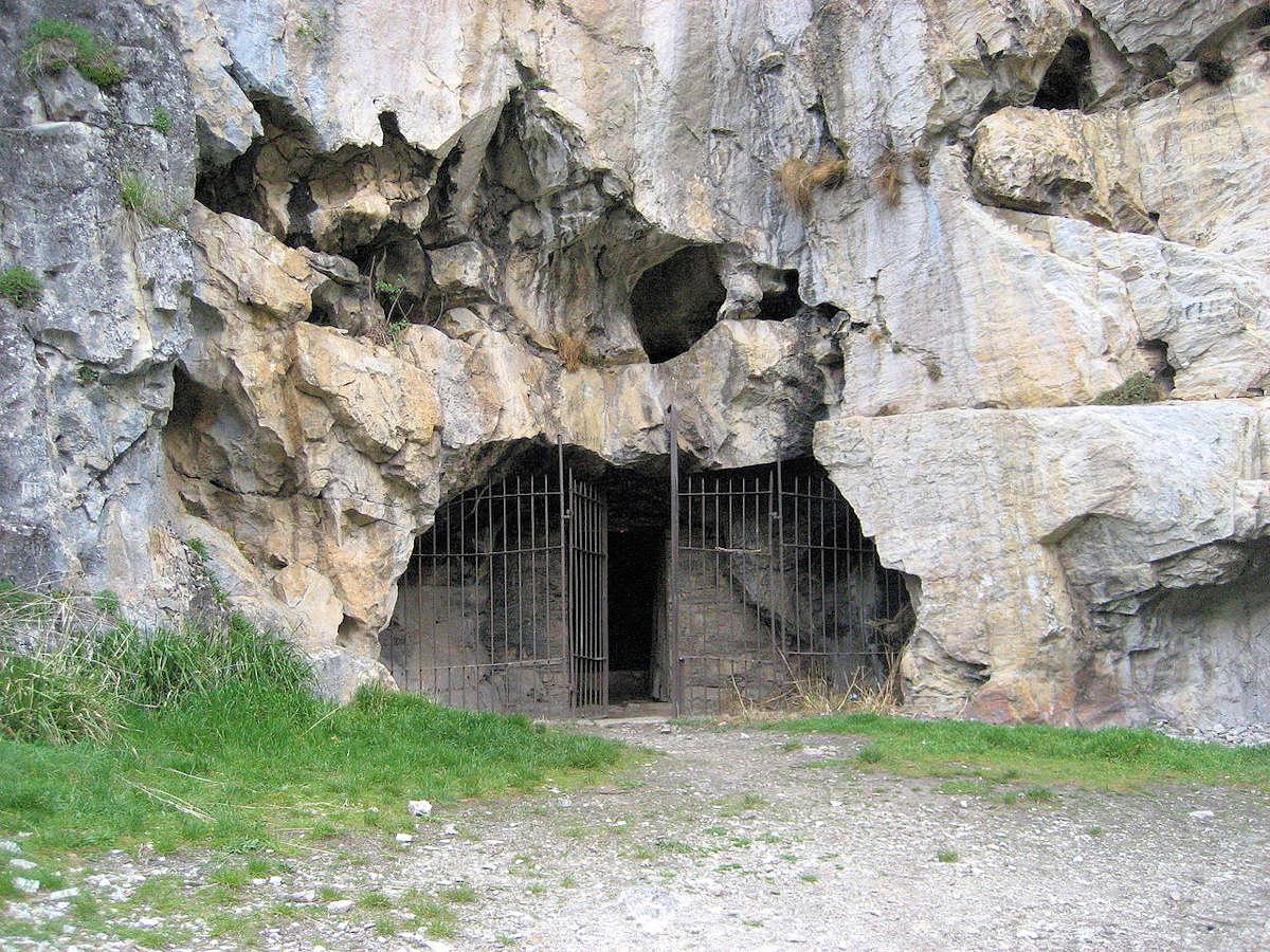 Cueva-de-San-Genadio-León