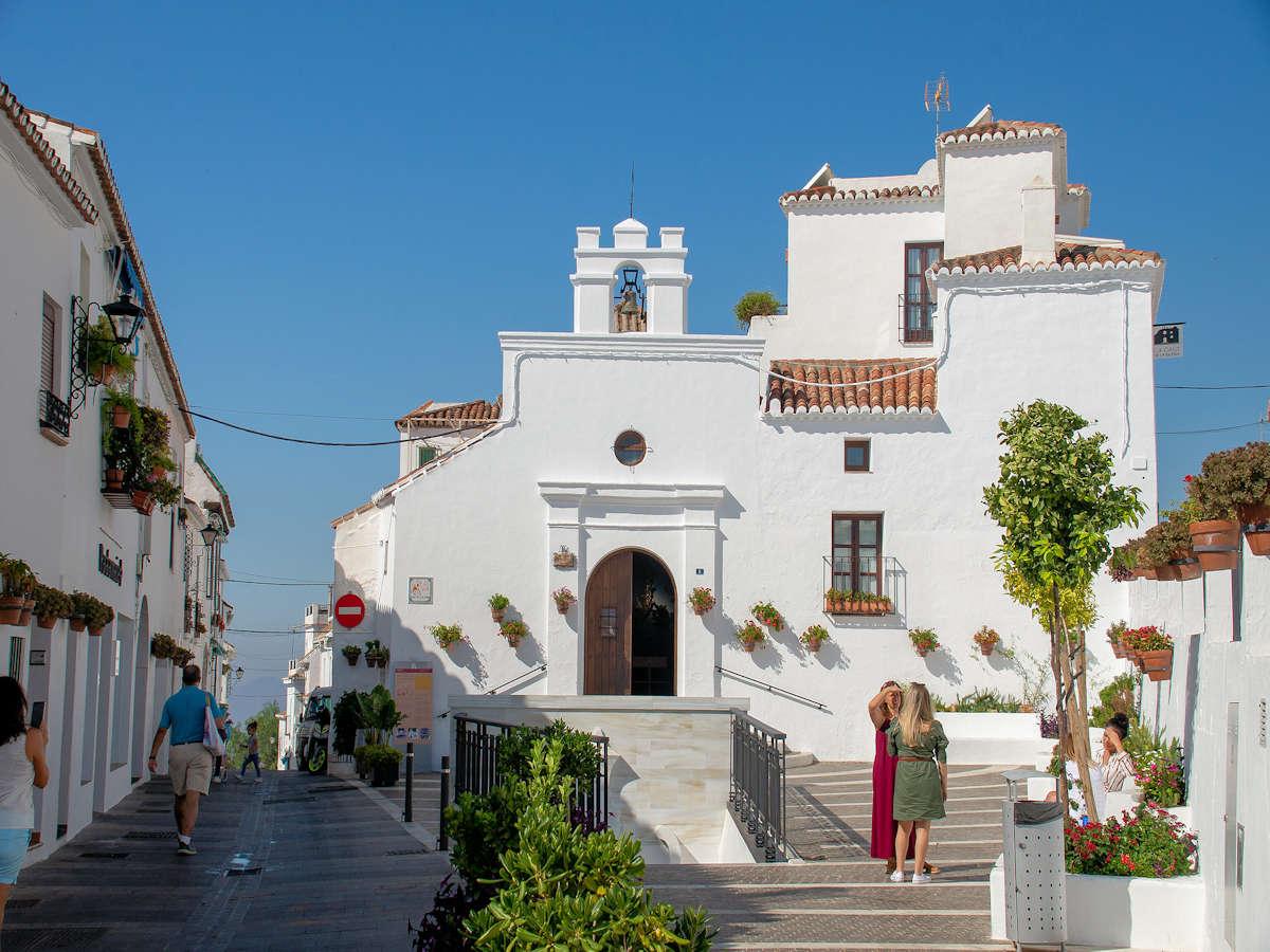 Ermita-San-Sebastián-casco-histórico-de-Mijas