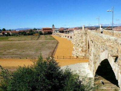 HOSPITAL DE ÓRBIGO-Pueblos más bonitos de León
