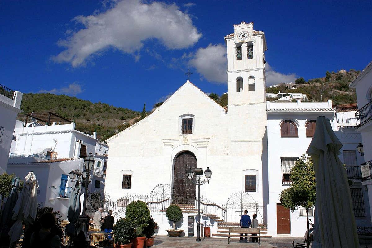 iglesia-san-antonio-frigiliana-málaga