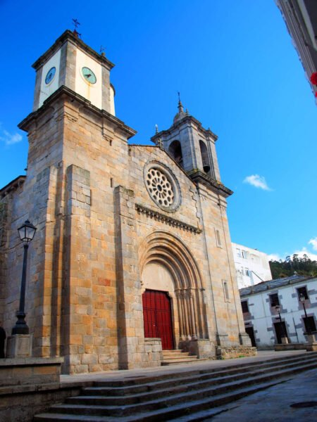 Iglesia de Santa María do Campo en Viveiro