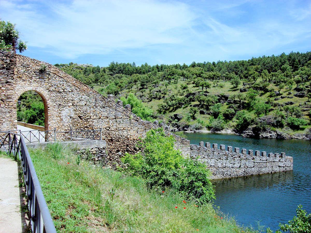 embalse-de-puentes-viejas-buitrago-del-lozoya-madrid