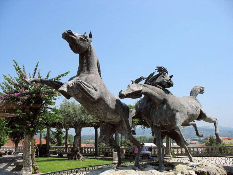 Glorieta de Vigo Monumento al Caballo Salvaje