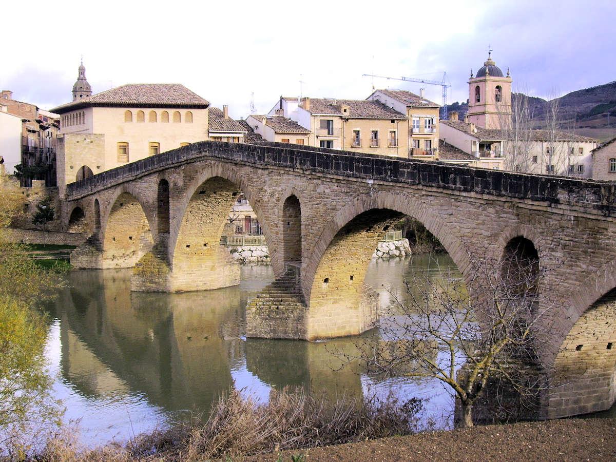 puente-la-reina-navarra-puente-románico