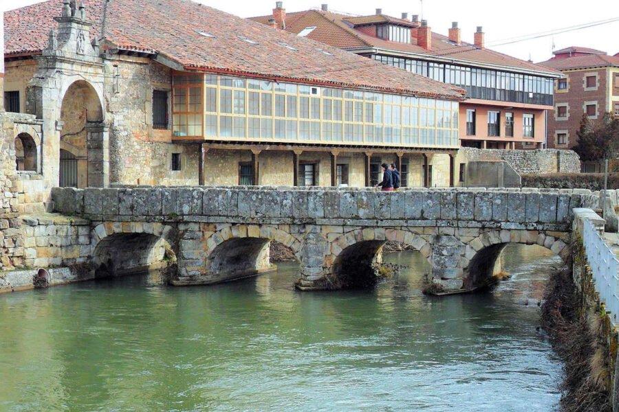 Puente del Portazgo sobre rio Pisuerga