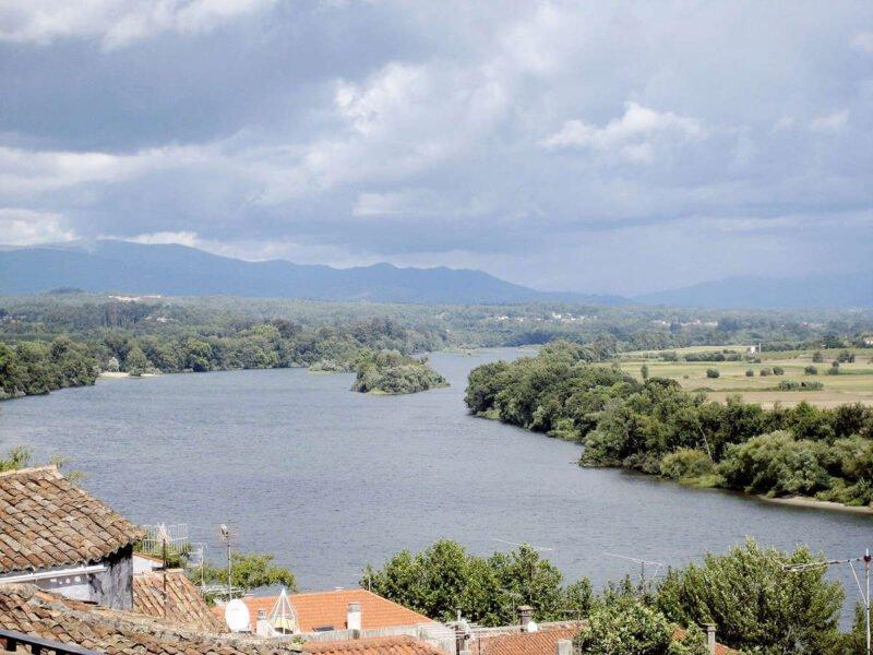 Rio Miño en Tui