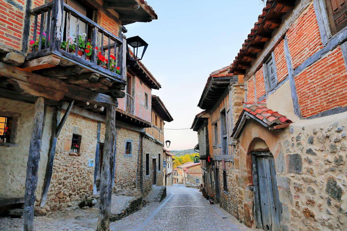 CALATAÑAZOR-Pueblos más bonitos de Soria