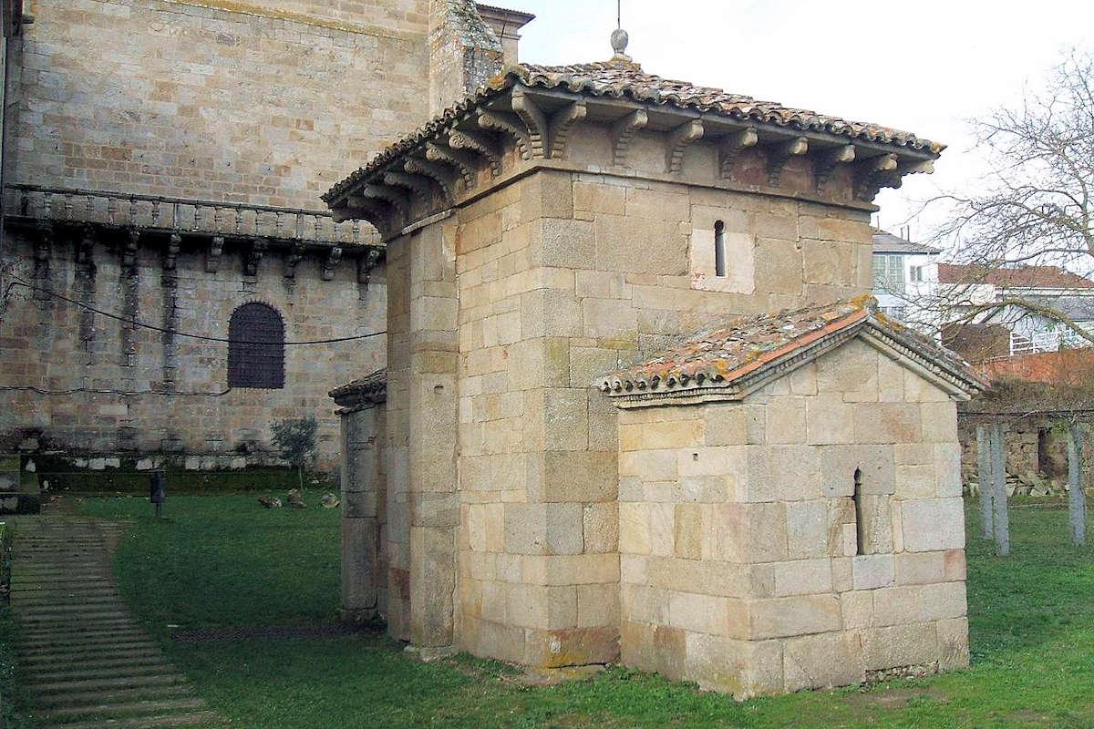 iglesia-san-miguel-monasterio-san-rosendo-orense-
