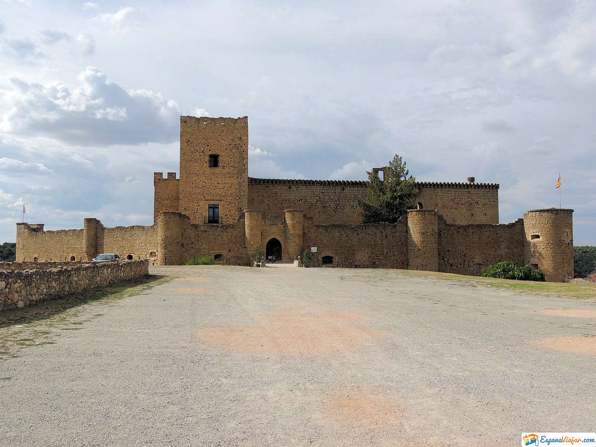 Pedraza-calle-real