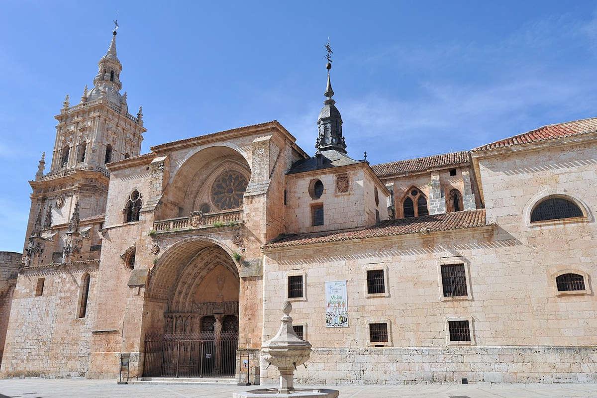 catedral-de-el-burgo-de-osma-soria