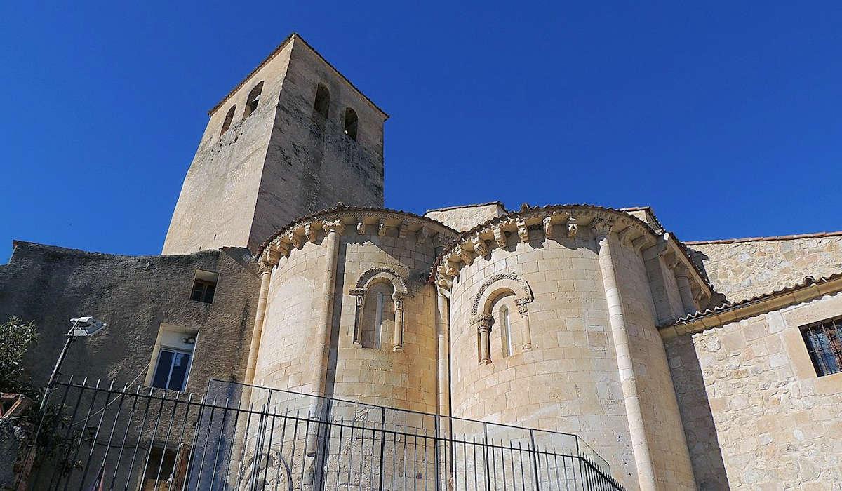 Iglesia-de-los-Santos-Justo-y-Pastor-Museo-de-los-Fueros