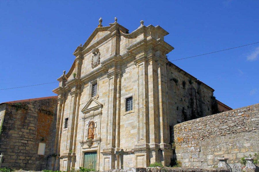 Monasterio de Oia