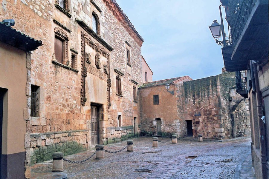 Palacio de Contreras en Ayllón