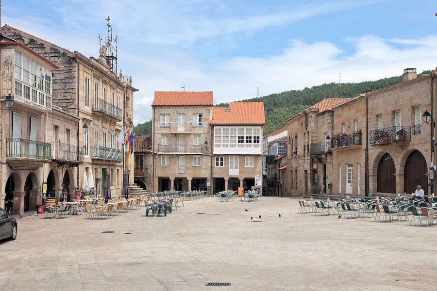 Plaza Mayor en Ribadavia