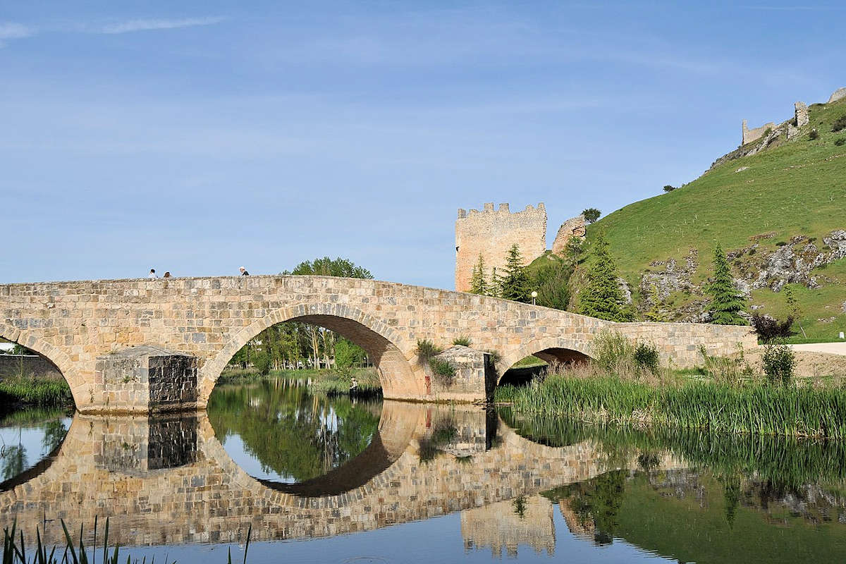 castillo-torre-homenaje-del-burgo-de-osma-en-soria