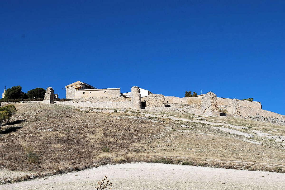 alcazaba-arabe-estepa-sevilla