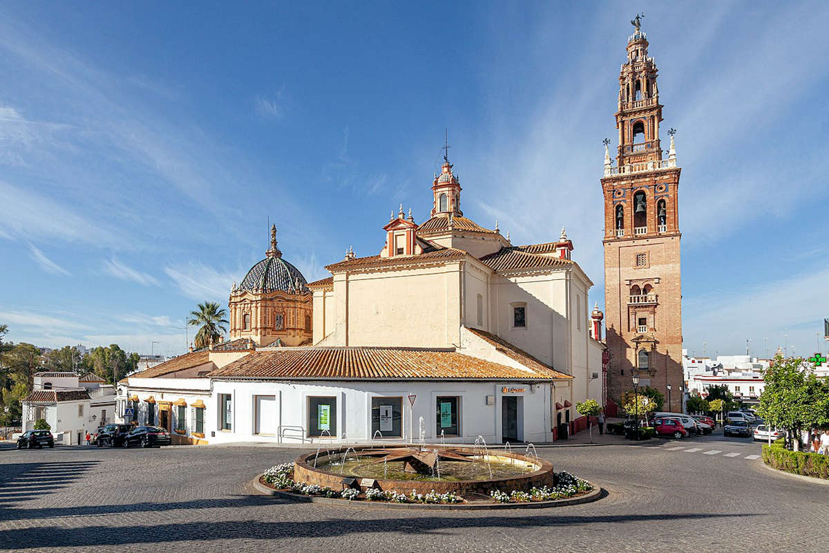 iglesia-torre-san-pedro-pueblos-de-sevilla