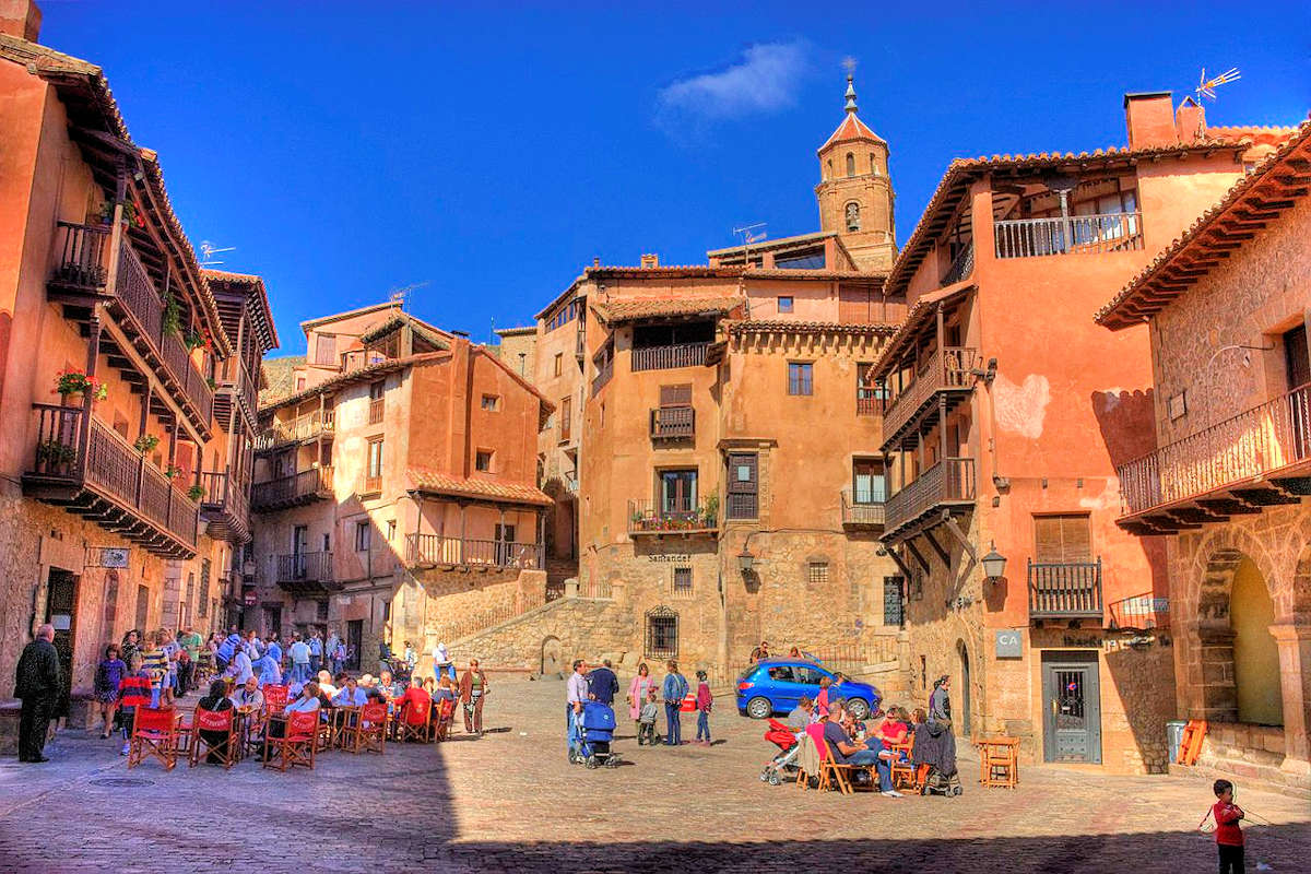 plaza-mayor-de-albarracin-teruel