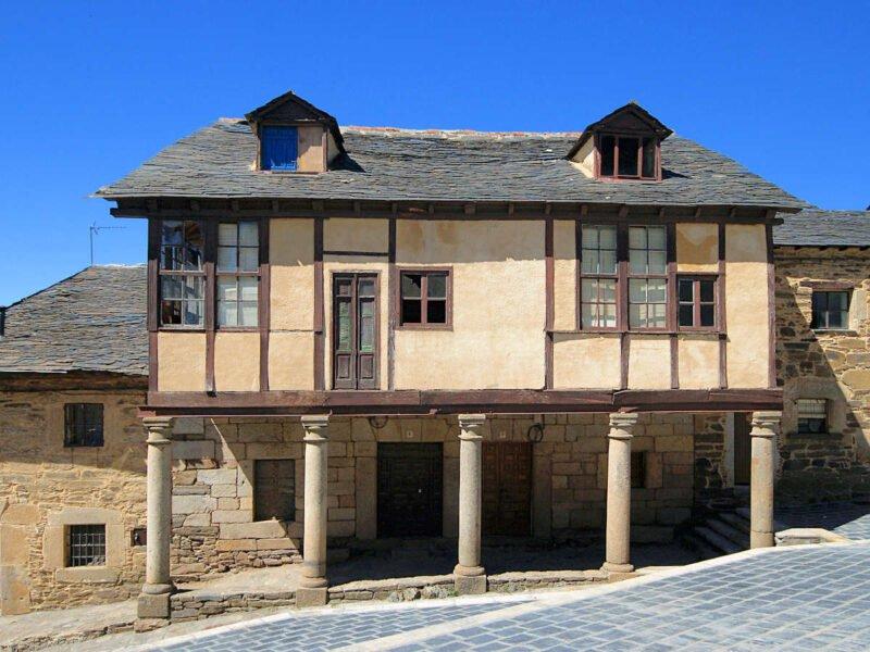 Casas de Puebla de Sanabria