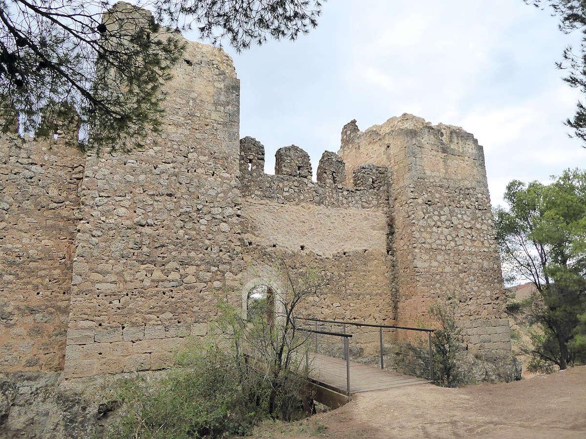 antiguo-castillo-en-Anento-Zaragoza