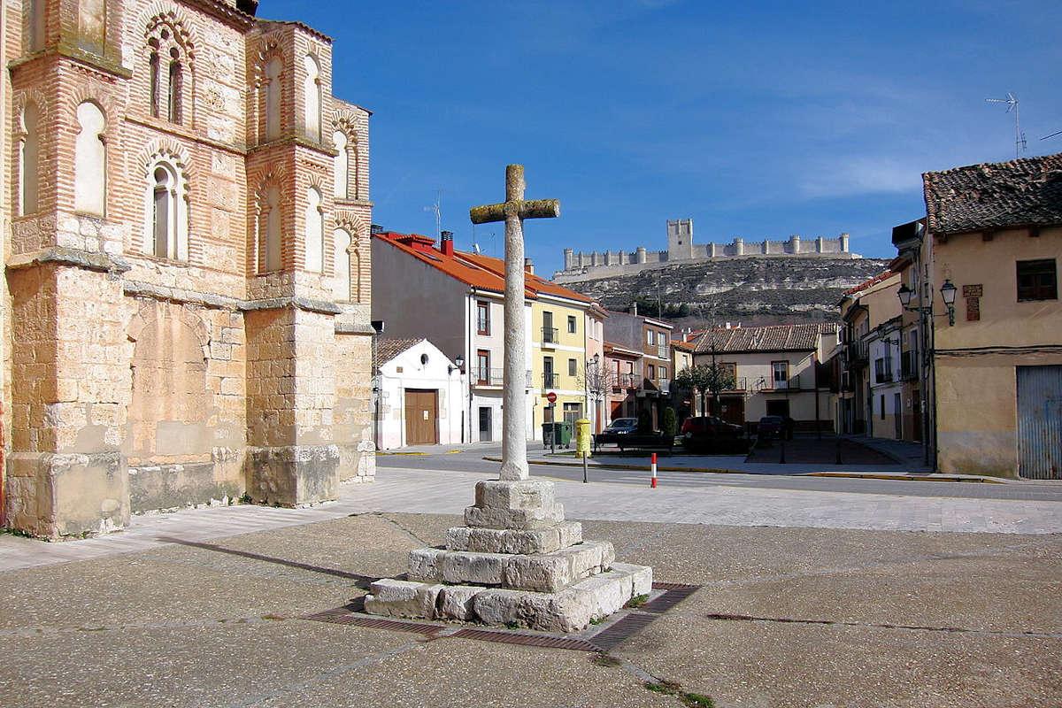 Iglesia-San-Miguel-de-Reoyo-pueblos-de-Valladolid-Peñafiel
