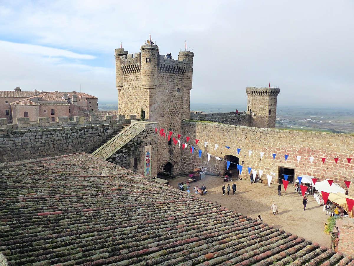 castillo-viejo-oropesa-toledo
