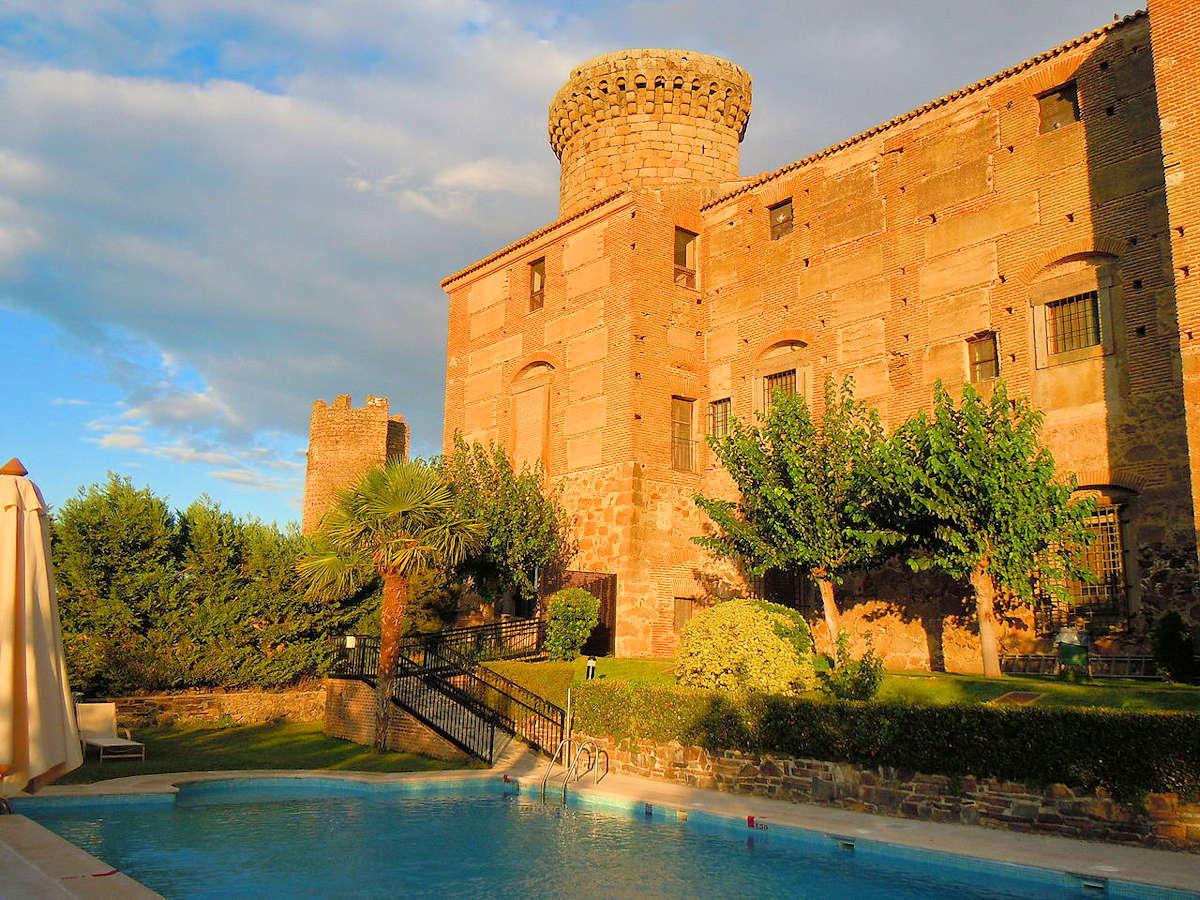 Palacio-Nuevo-Parador-Turistico-en-Oropesa-Toledo