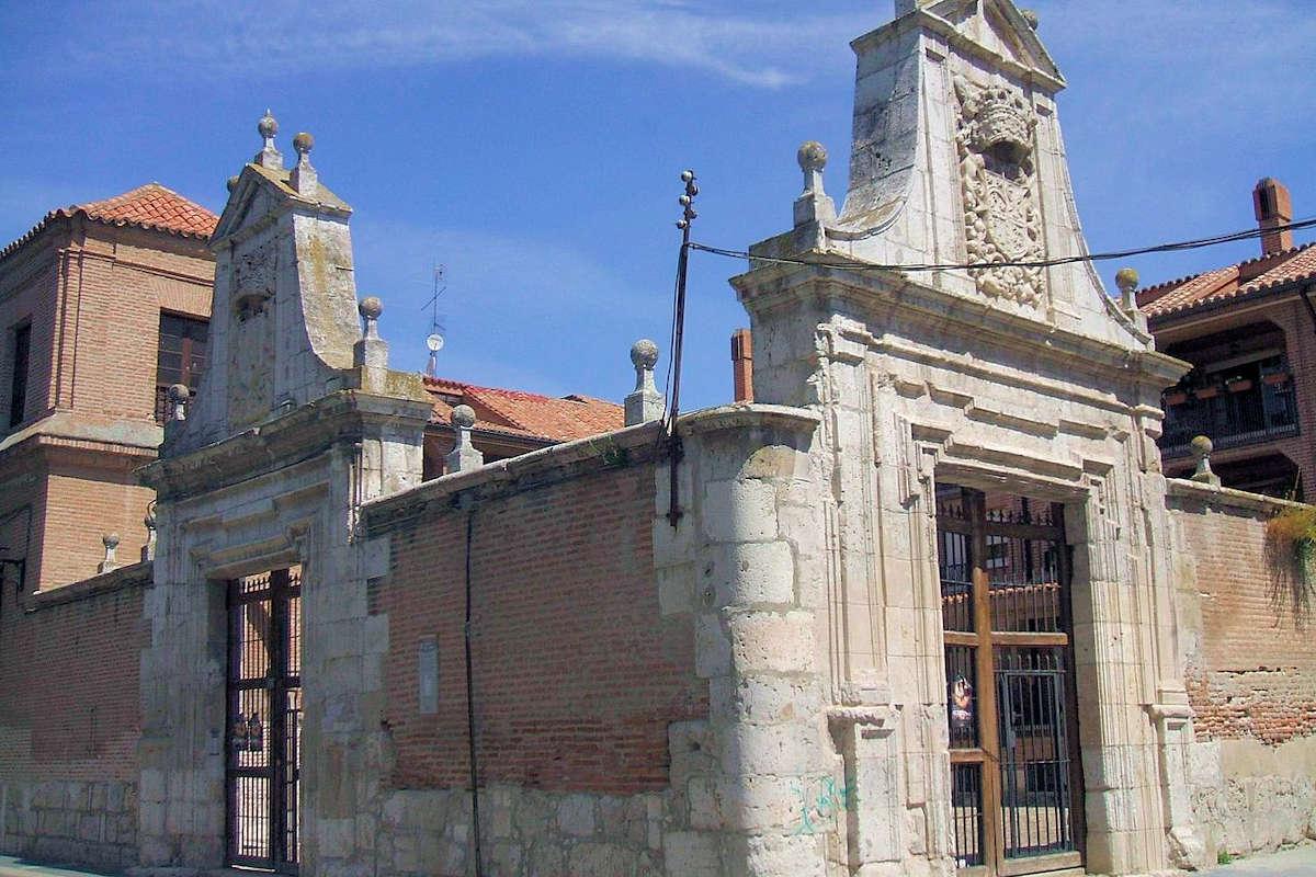 Palacio-del-Almirante-Medina-Del-Campo