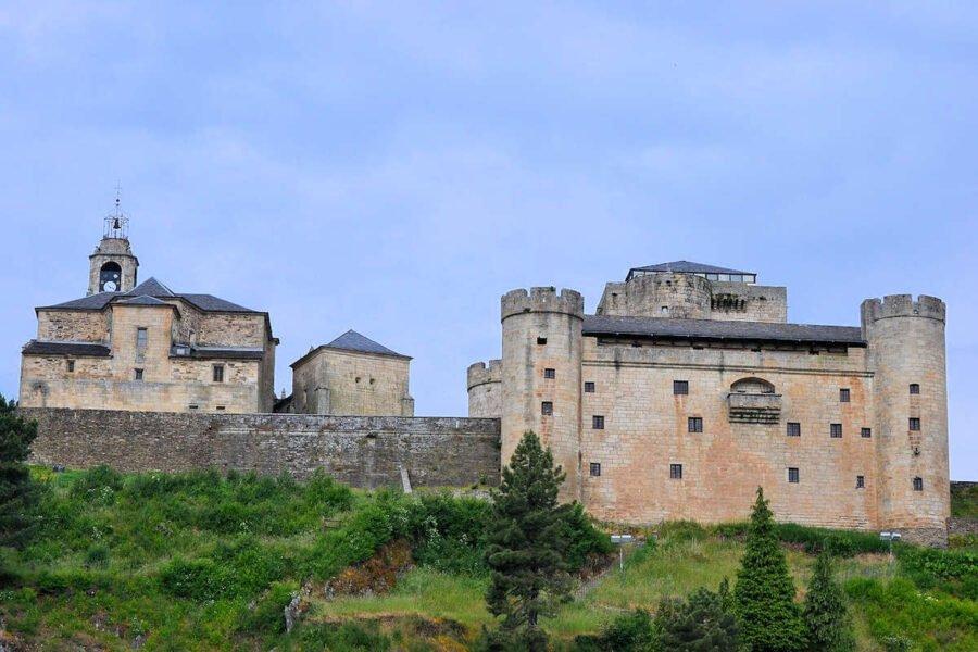 Parte trasera Iglesia de Santa María del Azogue