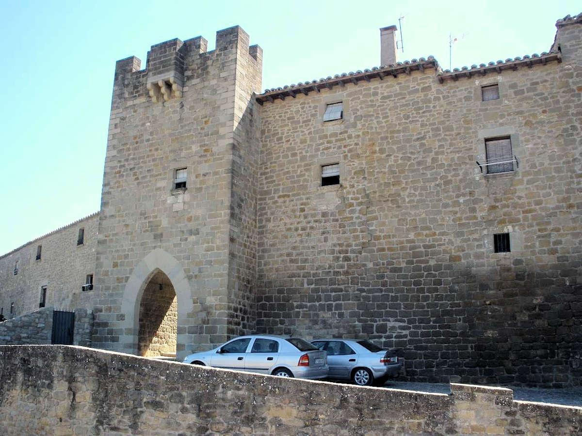 Edificio-de-La-Lonja-Sos-Del-Rey-Católico-Zaragoza