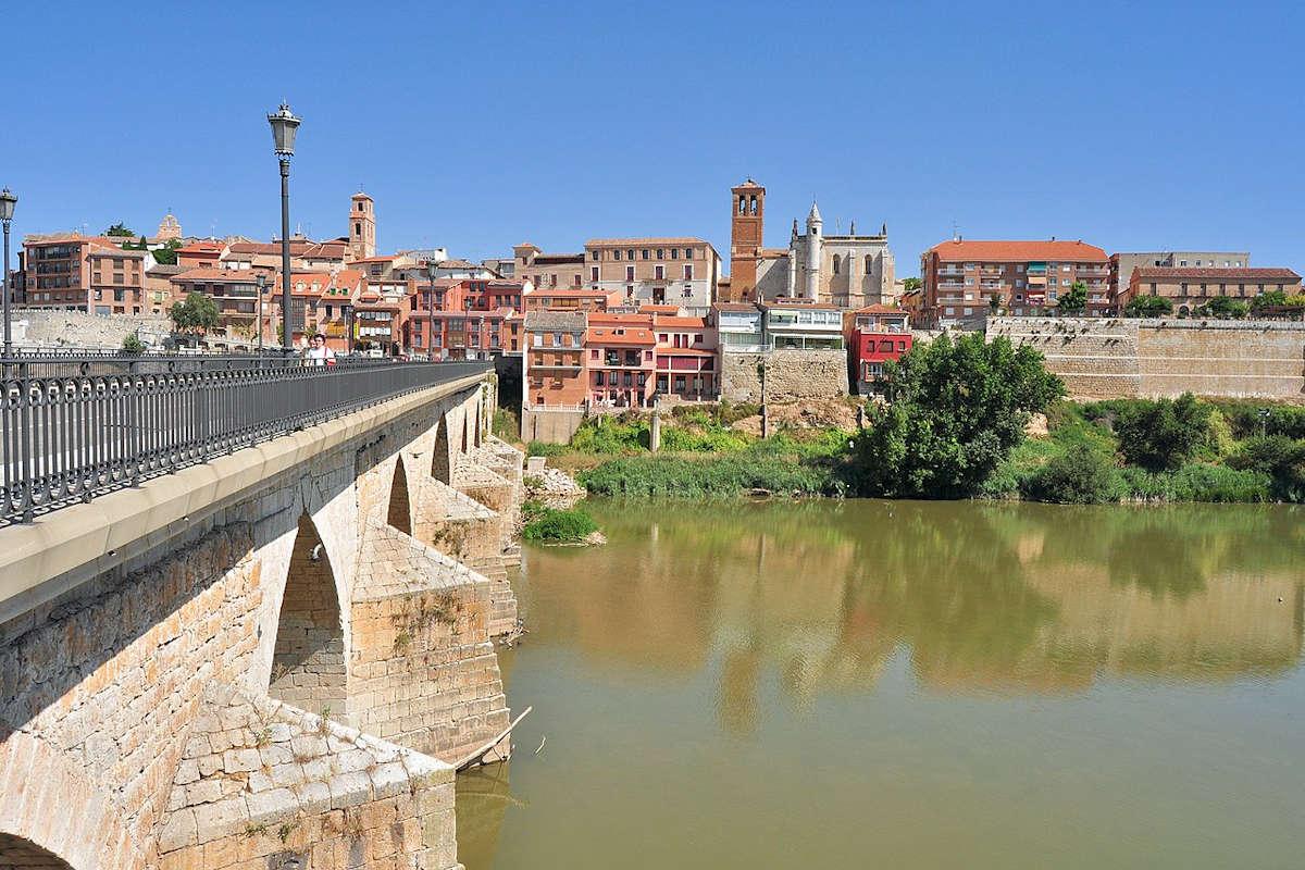 TORDESILLAS-Pueblos más bonitos de Valladolid