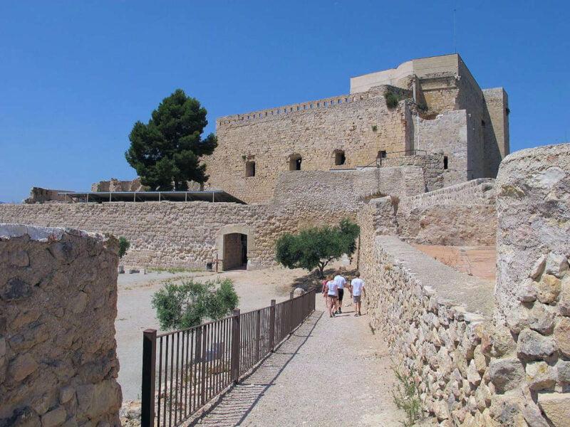 Visita el Castillo de Miravet