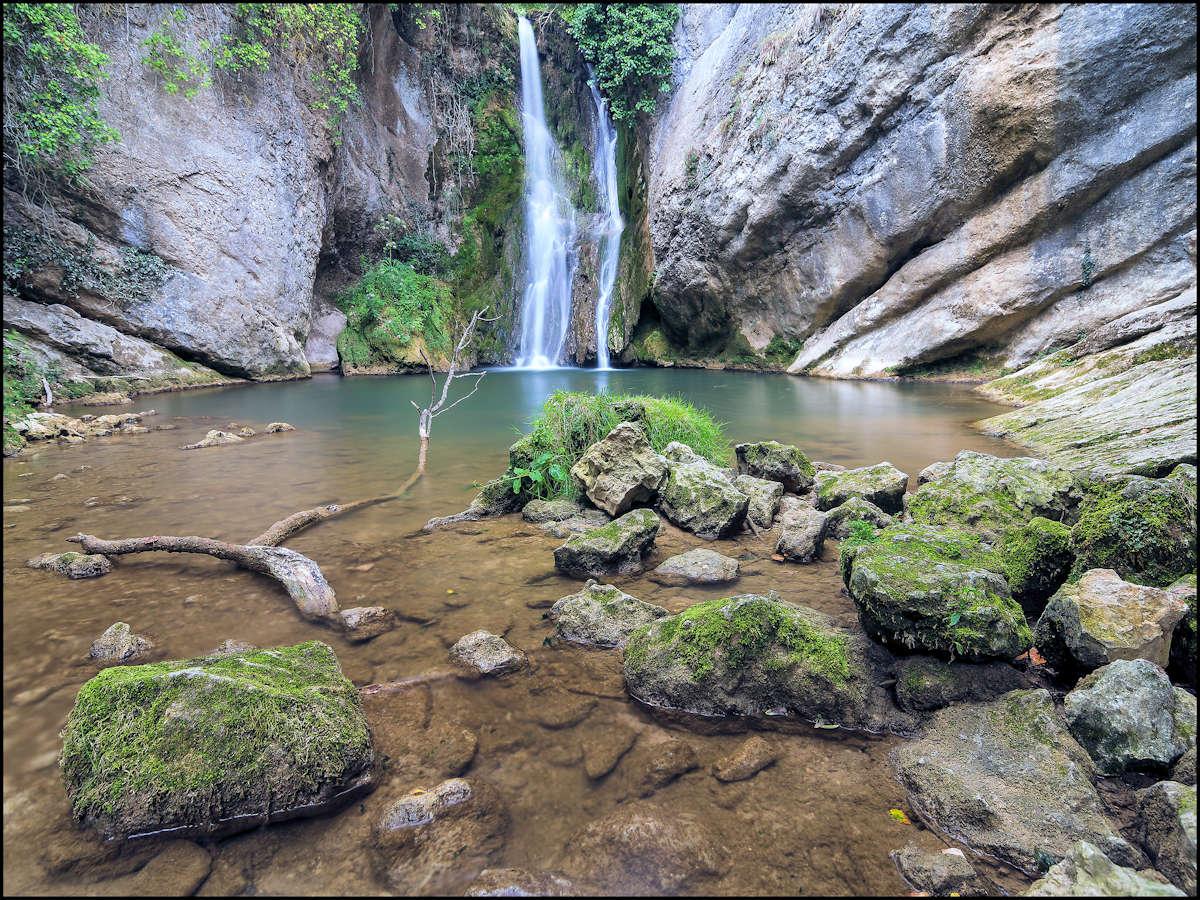 cascada-del-molino-parque-izki-álava