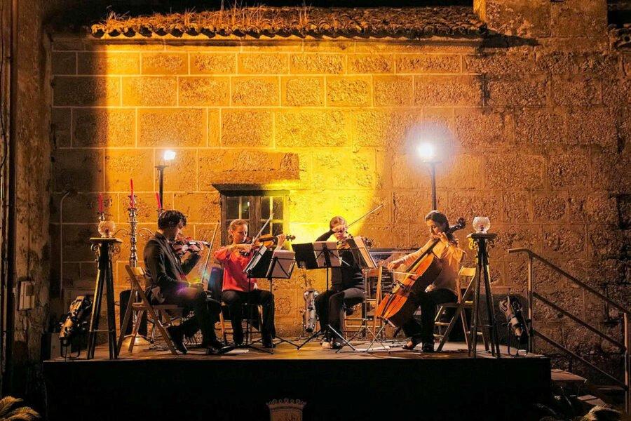 Concierto del grupo de cámara Minuetto en Ponte Maceira