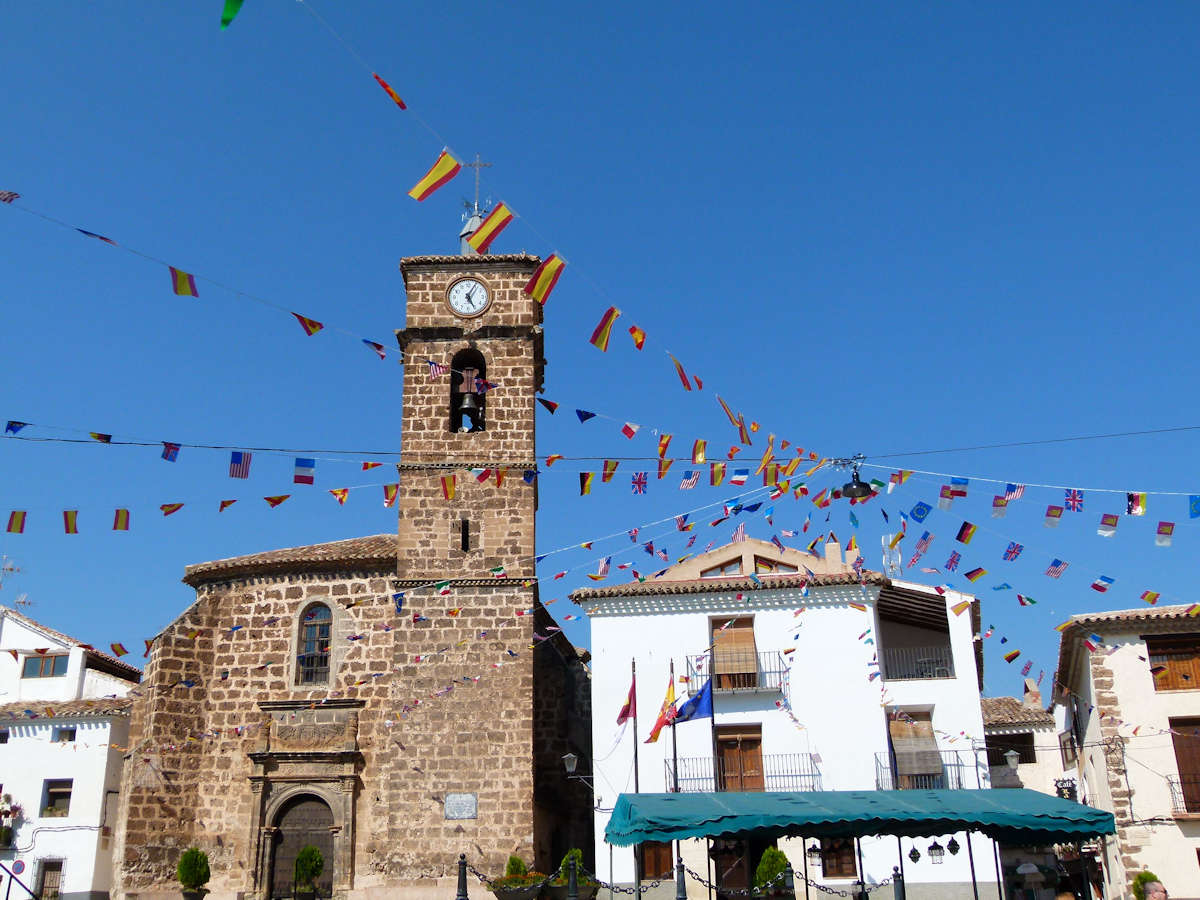 Plaza mayor-Iglesia-Santa María de la Asunción-Ayuntamiento-Letur