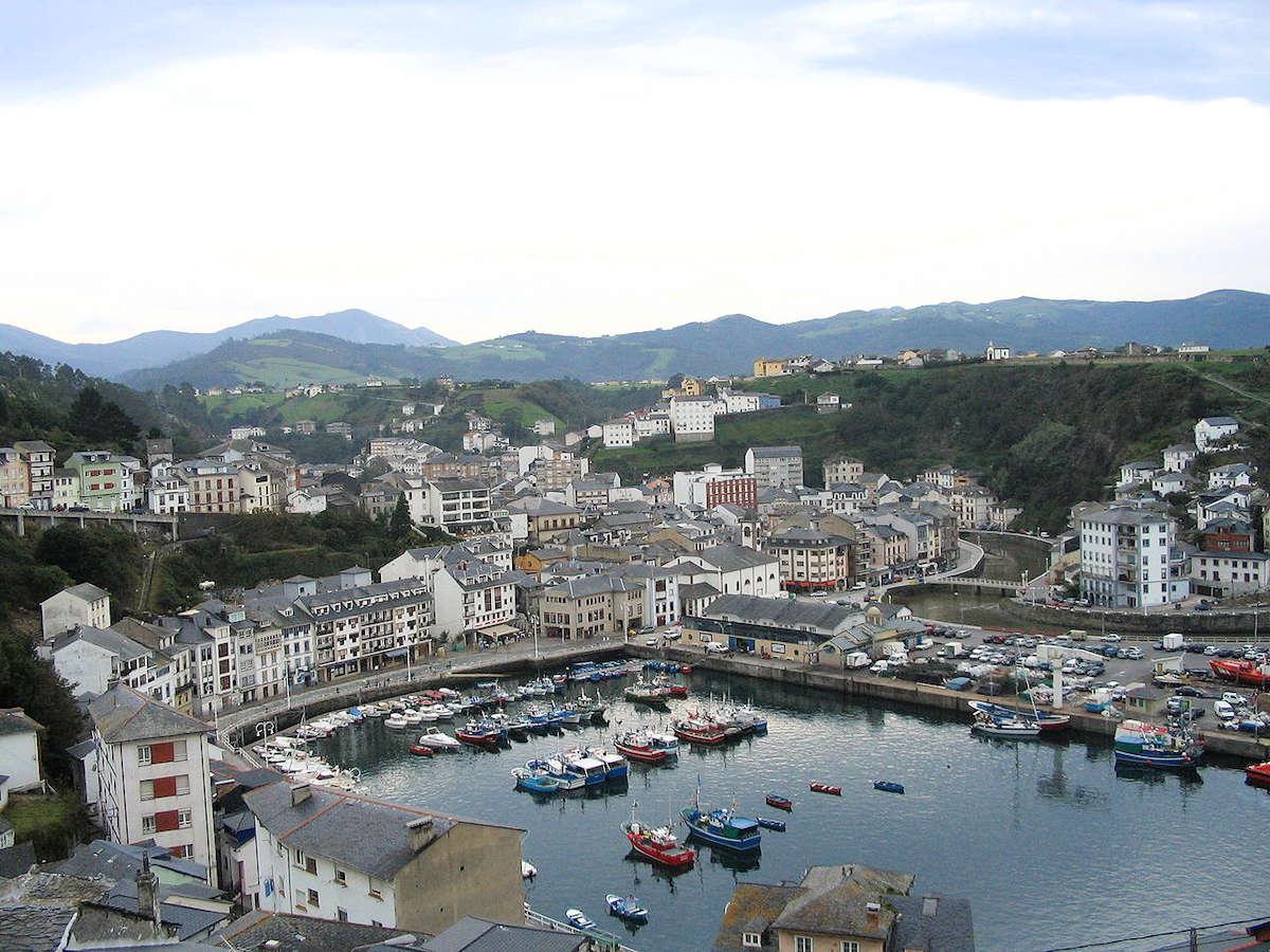casas indianas-luarca-asturias