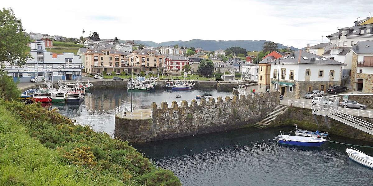 visitar-pueblos-de-asturias-puerto-de-vega