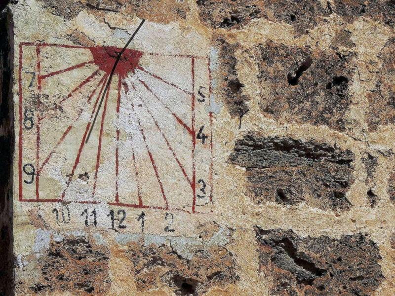 Reloj de Sol en Letur
