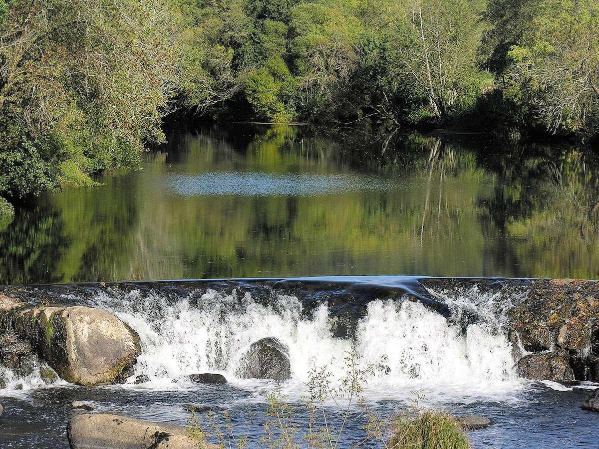 puente -románico-de-piedra-A-Ponte-Maceira