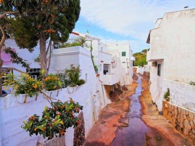 ES MERCADAL-Pueblos más bonitos de Menorca