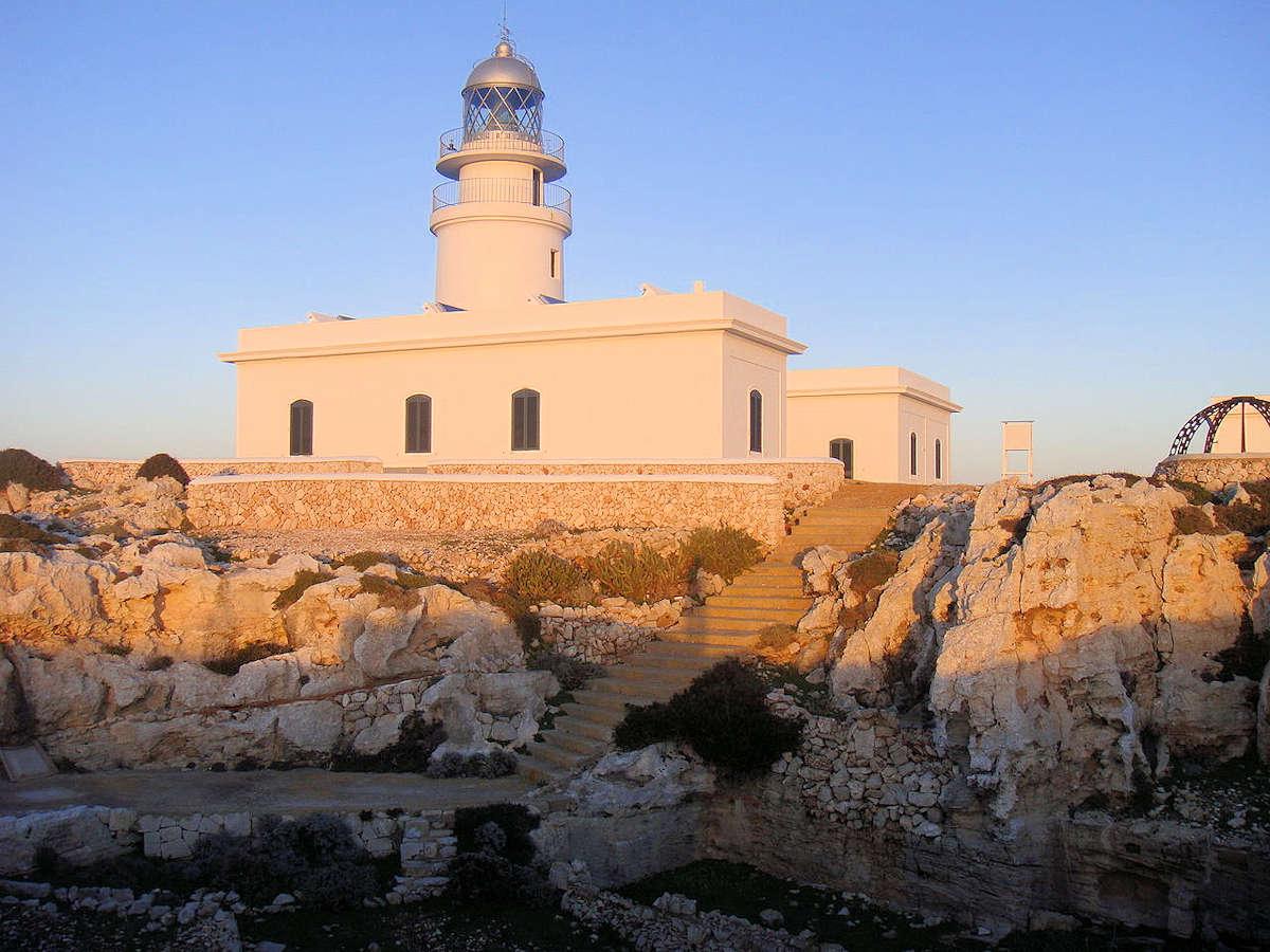 iglesia-parroquial-de-San-Martín-Es-Mecadal-Menorca