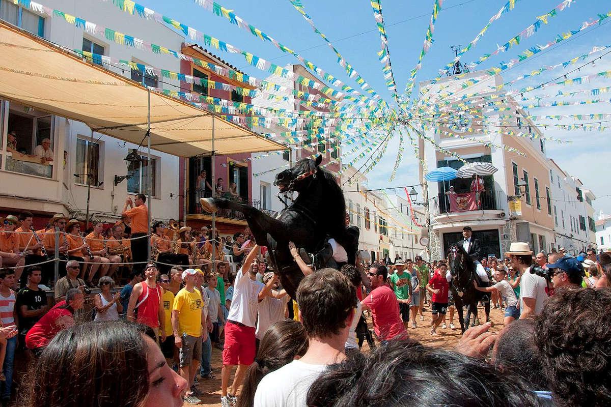 festividades-pueblos-menorca